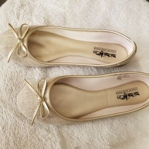 BOGO Cute Ballerina Gold Cream Ivory flats